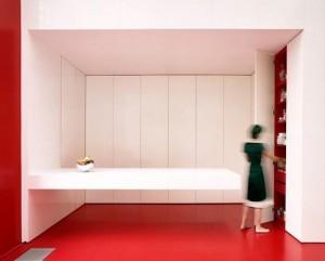 Кухня закрывающаяся стеновыми панелями