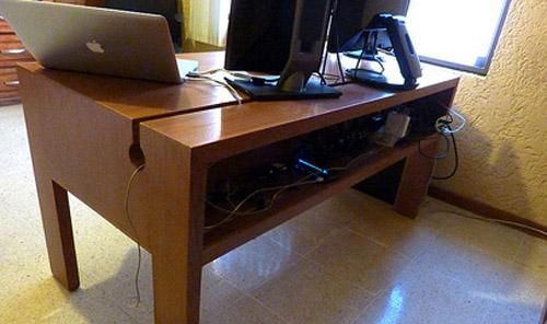 """Самодельный стол для компьютера классической формы """"письменный стол"""""""