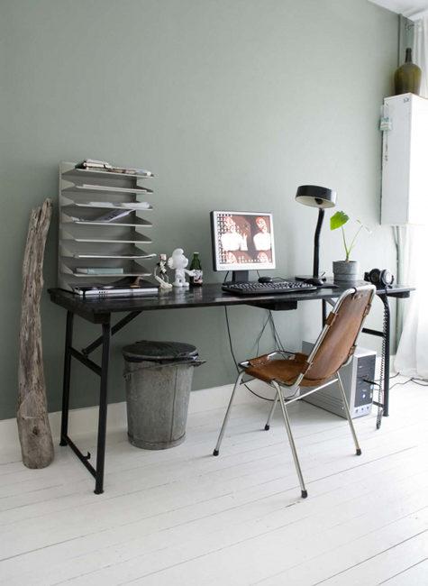 Современный узкий длинный компьютерный стол