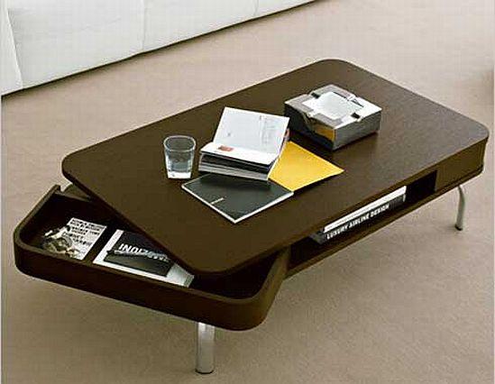 Небольшой стол со скругленными краями и оригинальными выдвижными ящиками