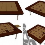 Стол с плитками игры в пятнашки -- в перевернутом виде просто со светлой плиткой