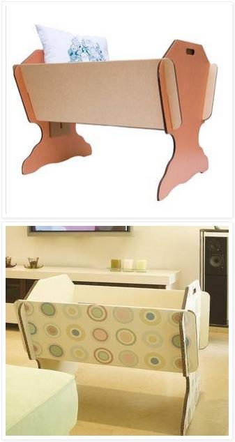 Сборная детская кровать из кусков фанеры