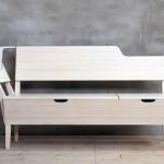Деревянная скамья со спинкой и отделениями для хранения