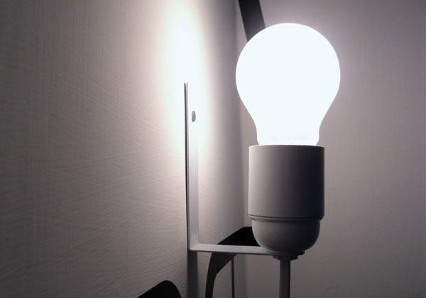 Такую лампу легко изготовить своими руками