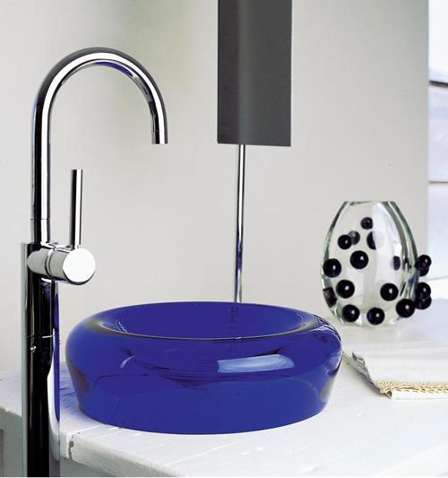 Мойка для ванной раковина из стекла синего цвета