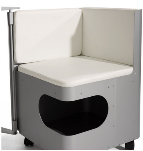 Компьютерная мебель из алюминия