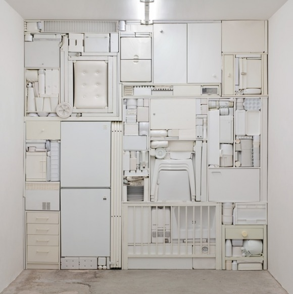 вся мебель на одной компактной стенке