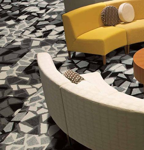 Ковровая плитка с геометрическим рисунком