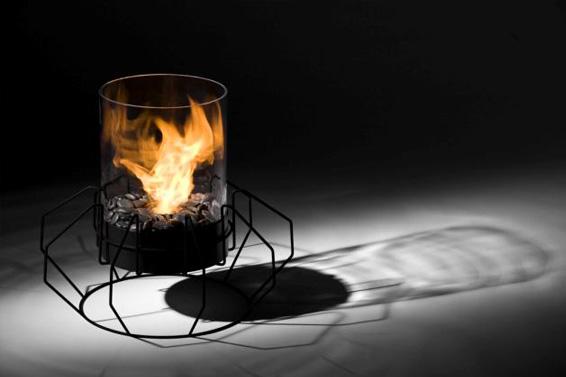 Напольный миникамин без дымохода. Мобильный, безопасный, экологически-чистый. Ставьте в любом месте и наслаждайтесь созерцанием пламени.