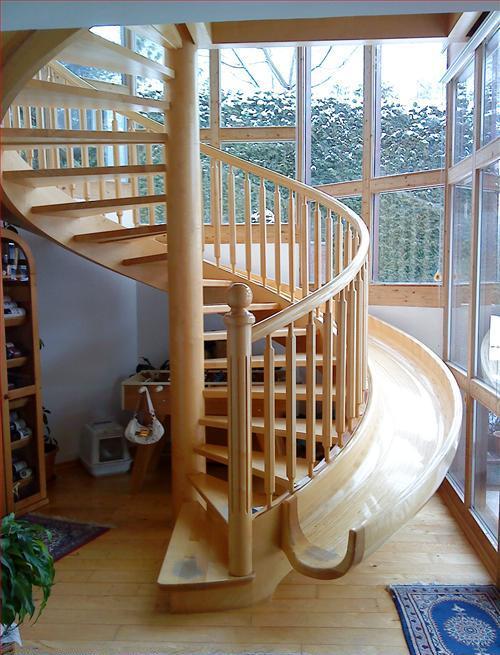 Лестница, которую полюбят дети и взрослые. Вверх пешком вниз с ветерком!