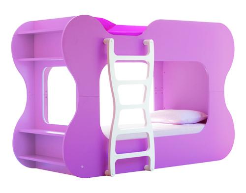 Детская двухъярусная кровать с лесенкой. Красиво и удобно. Отлично экономит несто в небольшой комнате.