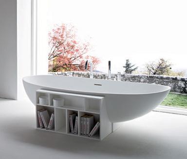 Белая итальянская ванна. Природная форма -- поляйца!
