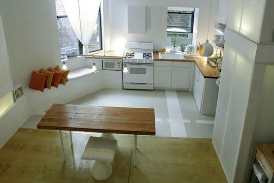 Пример дизайна кухни в светлых тонах.