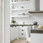 Белая кухня пример дизайна. Фото.