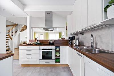 Современная кухня. Элегантный дизайн.