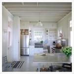 Светлая просторная кухня. Дизайн интерьров.