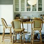 Дизайн кухни. Кухонный стул, стулья с плетенными спинками.