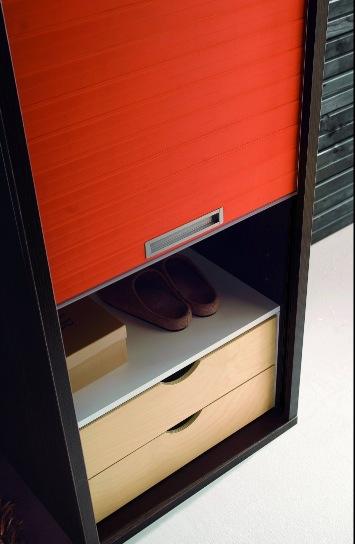 Итальянский шкаф для прихожей с отделением для обуви