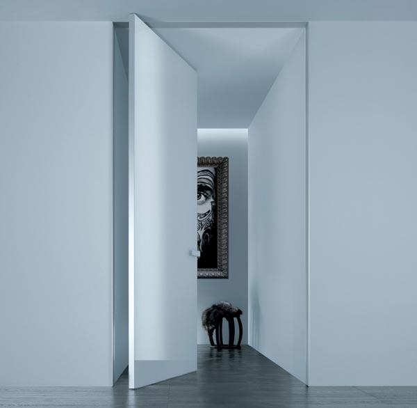 Минимализм в дизайне мебели. Итальянские двери.