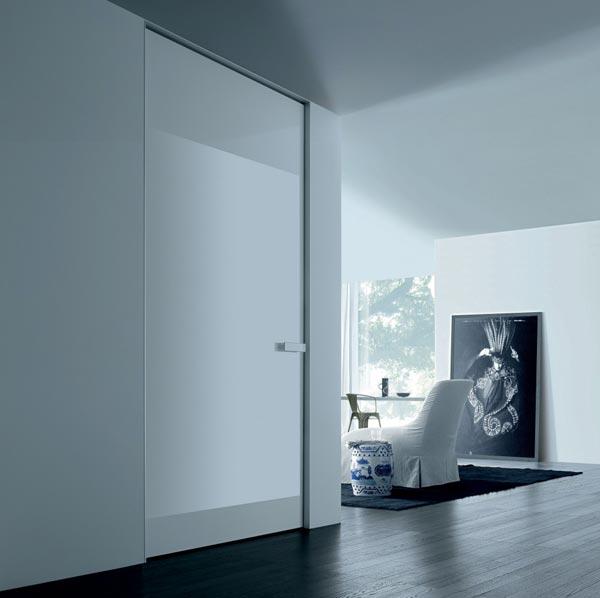 Прекрасная в своей лаконичности итальянская дверь Аура.