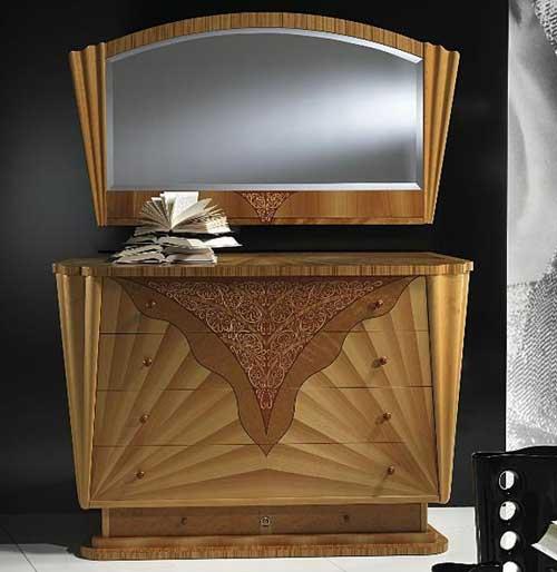 Набор комод и зеркало итальянской мебельной фирмы