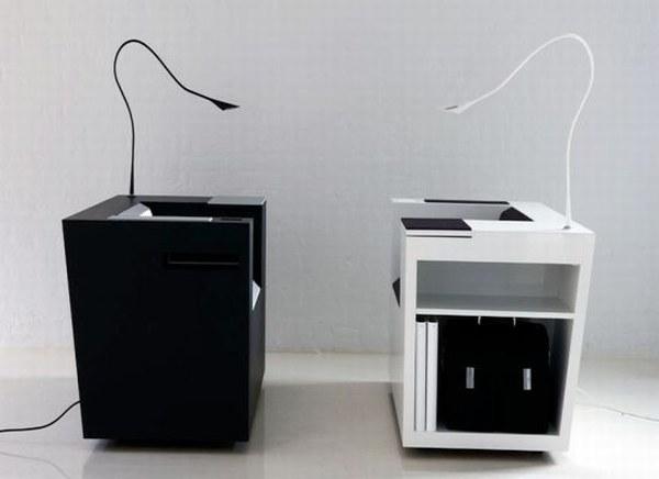 Компьютерный стол для ноутбука. Белый и черный цвет.