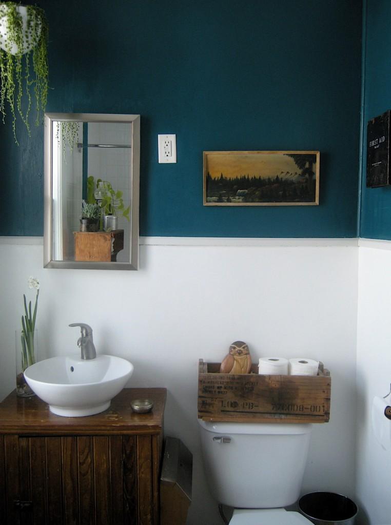 Ремонт ванной комнаты своими руками. Результат переделки. Идеи для маленькой ванны.
