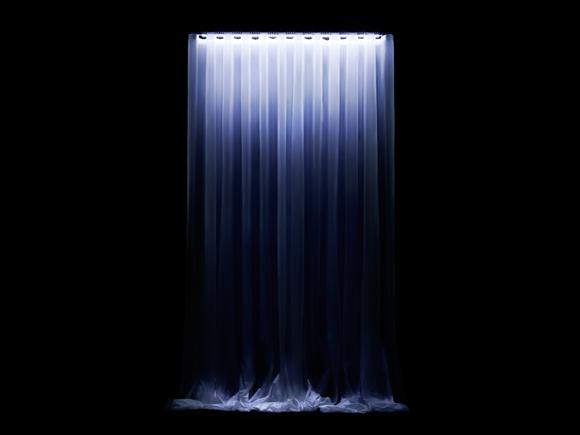 Светильник по технологии LED (на светодиодах), полупрозрачная ткань превращается в водопад света