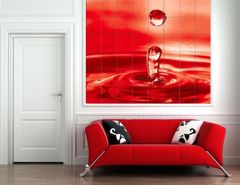 Широкоформатная печать в интерьере гостиной. Изображение дополняет общий дизайн комнаты.