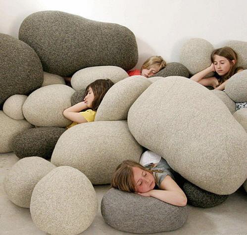 Мягкая мебель для детской комнаты Ожившие Камни.