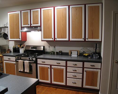 Дизайн кухни. Идеи для маленькой кухни. Покраска деревянных ящиков.