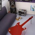 Оригинальный кофейный столик в форме электро-гитары