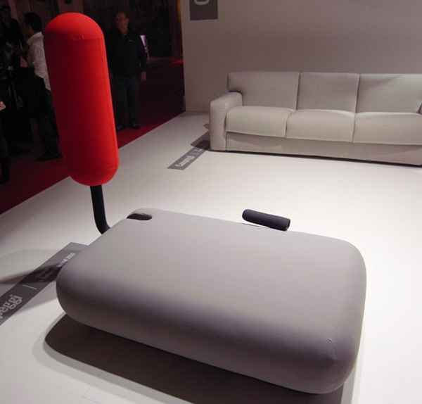 Раскладной диван для занятий спортом