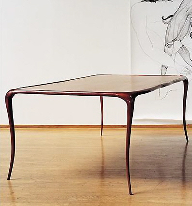 Изящная мебель. Стол авторской работы