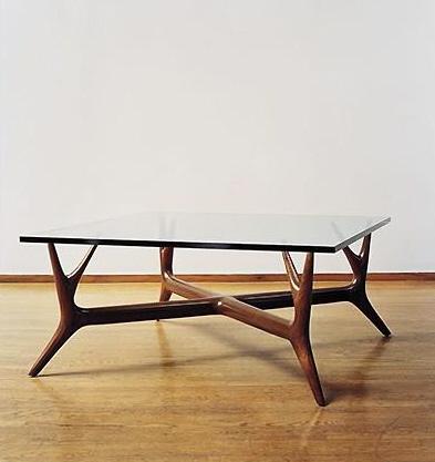Изящная мебель. Журнальный столик авторской работы