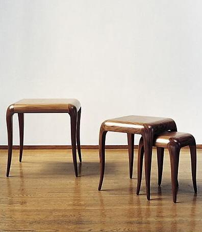 Изящная мебель. Табуретки с гнутыми ножками авторской работы