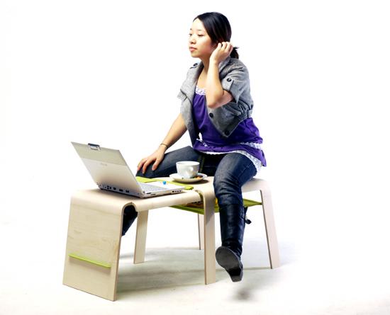 В разложенном виде из стула получается стол и табуретка