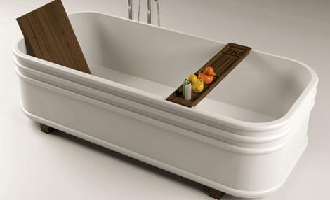 Итальянские ванны с деревянными элементами