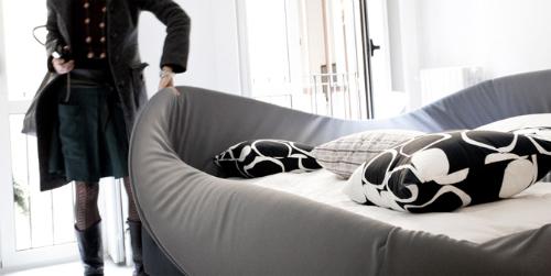 Итальянская кровать с мягким бортиком