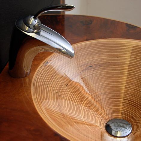 Раковина из натурального дерева