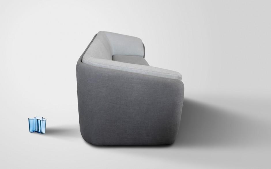 Софа от итальянской мебельной фирмы Бонели