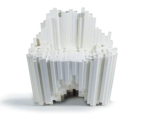 Авторская мебель. Белый стул из полимерного материала