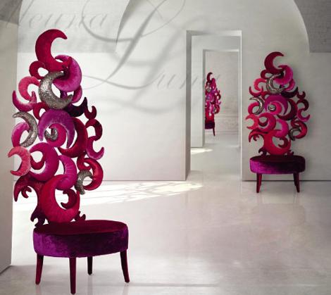 Современное кресло в стиле барокко