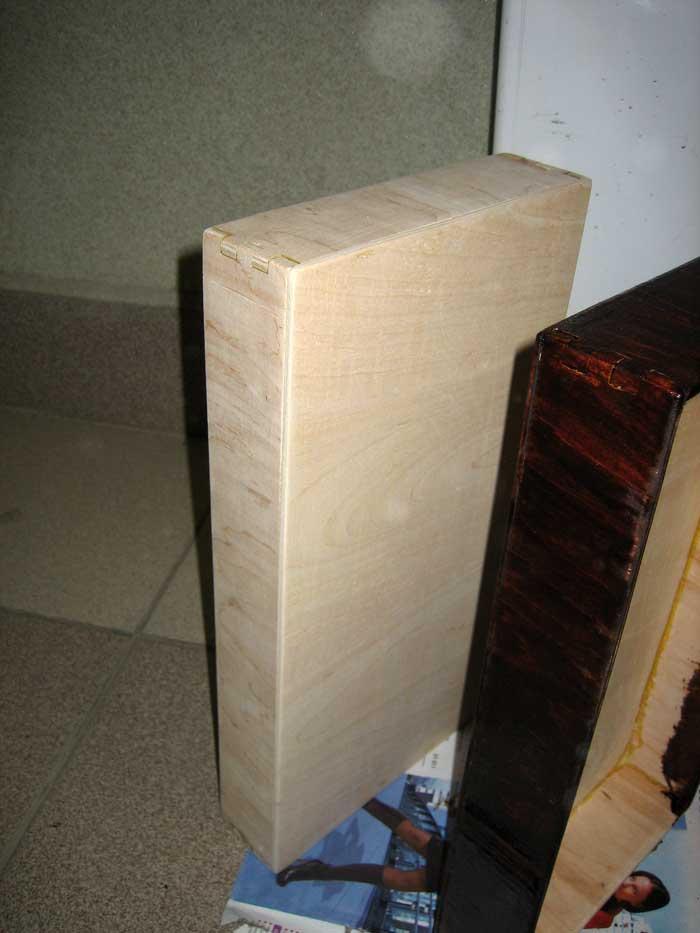Коробка для шахмат ручной работы.