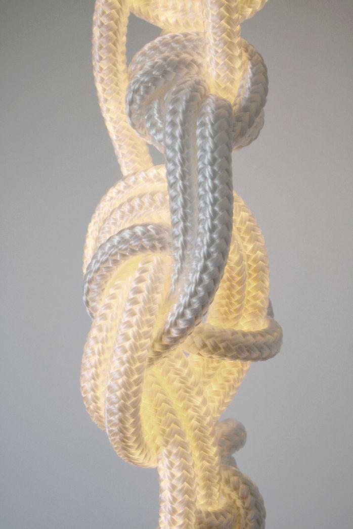 Дизайнерский светильник в виде веревки