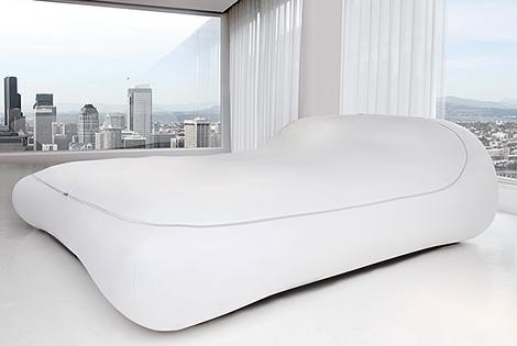 Мягкая кровать без ножек