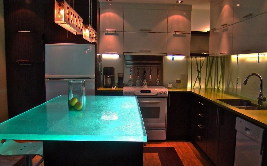 Столешницы из стекла подсвеченные LED
