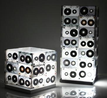 Настольная Лампа из старых аудио-кассет сделай своими руками