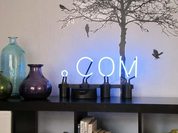Светящиеся неоновые вывески для дизайна интерьера