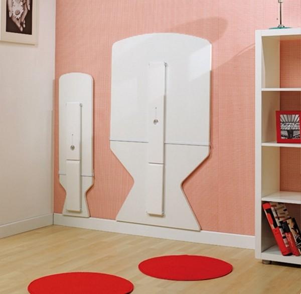 Набор откидной мебели: стол и скамейки белого цвета